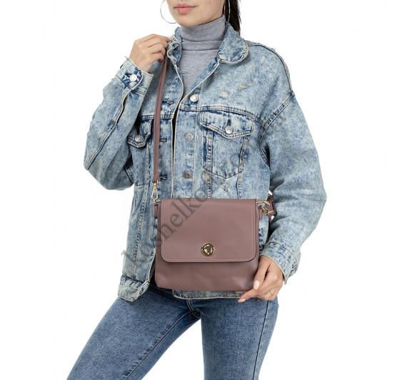 Женская сумочка через плечо пудровая Bagira 981